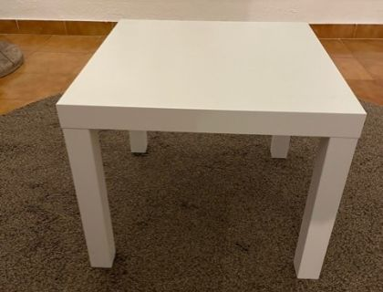 MESITA DE IKEA